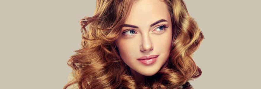 Los 10 activadores de rizos que mejor definen y marcan el pelo