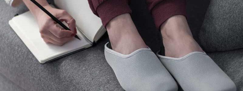 Las mejores zapatillas de andar por casa más cómodas y flexibles
